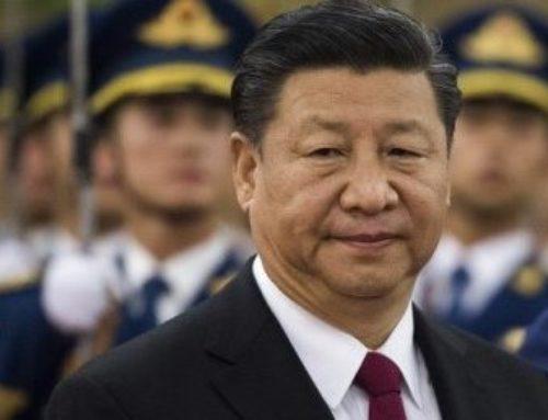 Ze žáka učitelem. Příběh otom, jak koronavirus vynesl Čínu na vrchol.